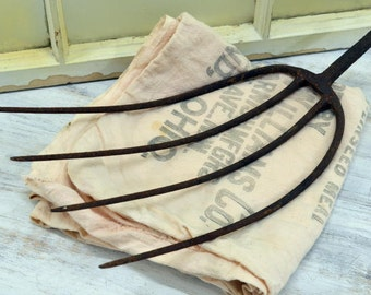 Vintage Farm Pitchfork - rustic barn tool - Old Hay Fork - pitch fork