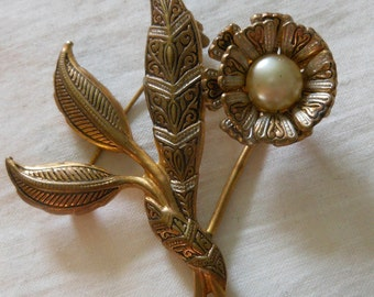 Spain made damascene flower pin