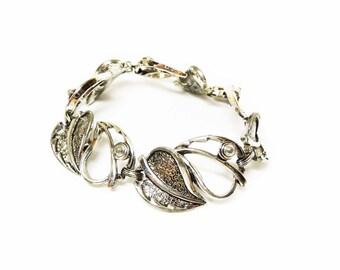 Silvertone Leaf Bracelet - Antiqued Silver Colored Leaves - Linky Signed Sarah Coventry Bracelet - Sarah Cov.