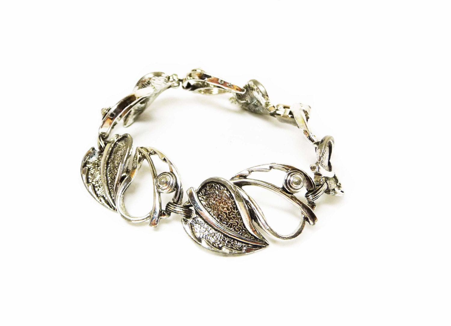 dating sarah coventry jewelry Sarah coventry 593 likes welcome we are a community of sarah coventry collectors, admirers, and former representatives we do not currently have a.