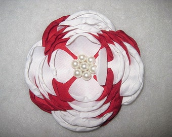 "4"" Satin Singed Flower Red And White"