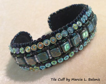 PATTERN Tutorial Bead Embroidery Cuff Bracelet for CzechMate Tiles and O beads
