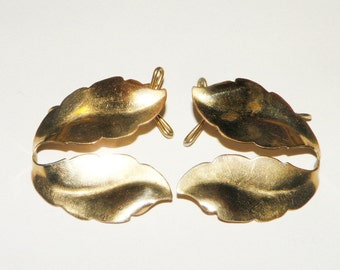WingBack Gold toned Leaf Earrings 1940s