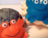 Friendly Little Crab Felt Ornament--New Colors!