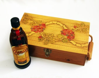 Personalized Wood Box. Wine Box . Gift Box .Wine Case