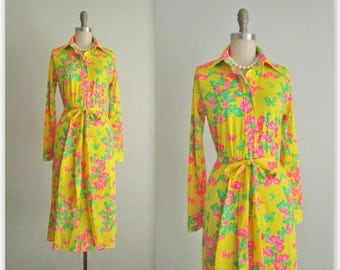 70's Lilly Pulitzer Butterfly Dress // Vintage 1970's Lilly Pulitzer Neon Butterfly Print The Lilly Shirtwaist Dress S M