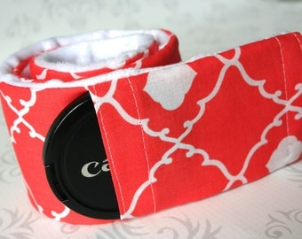 Minky Camera Strap Cover - Padded - Photographer Gift - Coral Quatrefoil with White Minky
