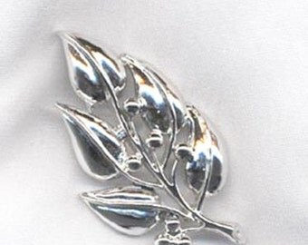 Sarah Coventry SILENT SPRING Pin * Vintage 1970 * SALE 4.00