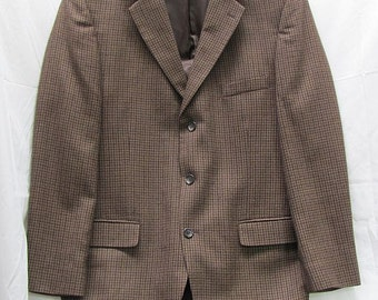 1960's Brown Hounds Tooth Check Sports Coat - Vintage Men's Jacket