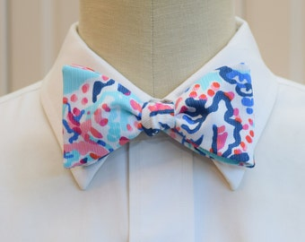 Lilly Bow Tie in aqua Shell me about it (self-tie)
