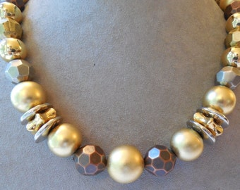 Liz Claiborne Chunky Gold Silver & Copper Tone Hammered Bead Long Necklace    MBF8