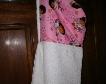 Hooded towel, bath towel, pool wrap, toddler hooded towel, girls hooded beach towel, kids hooded wrap, hooded baby towel, dora, pink towel