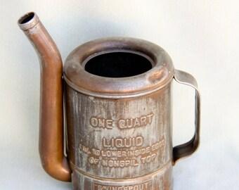 Vintage  One Quart SWINGSPOUT Oil Can Swingspout Measure Co