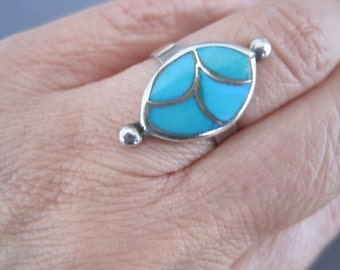 Vintage Sterling Turquoise Inlaid Zuni Ring
