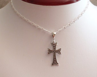 Sterling Cross Necklace Silver 18 Inch Fancy Chain Vintage V0568