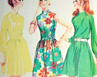 UNCUT Bust 32 1/2 1970s A-Line Dress McCalls 2386 Size 10 Three Versions