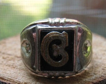 Vintage Sterling Men's Ring with Gold Tone G on Black and Rhinestones Size 7