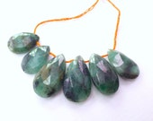 EMERALD. Natural. Graduated Sizes. Pear Shaped Faceted Beads. 6 pc. 33.0 cts. 10x14 to 11x19 mm (EM2094)
