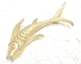 Gold Fish Brooch Pin //
