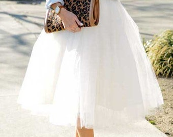 White Tulle Skirt. Tulle skirt. Women tulle skirt. Tulle skirt wedding.Adult tulle skirt. Plus size available.