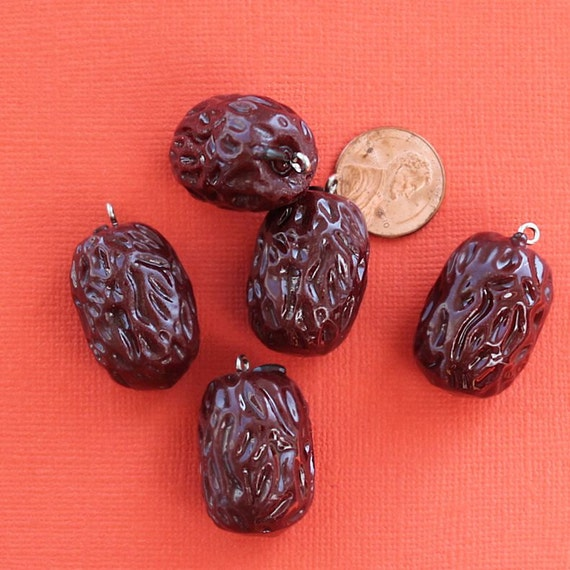5 Prune Charm Pendants Resin 3d Just A Hoot K245 From