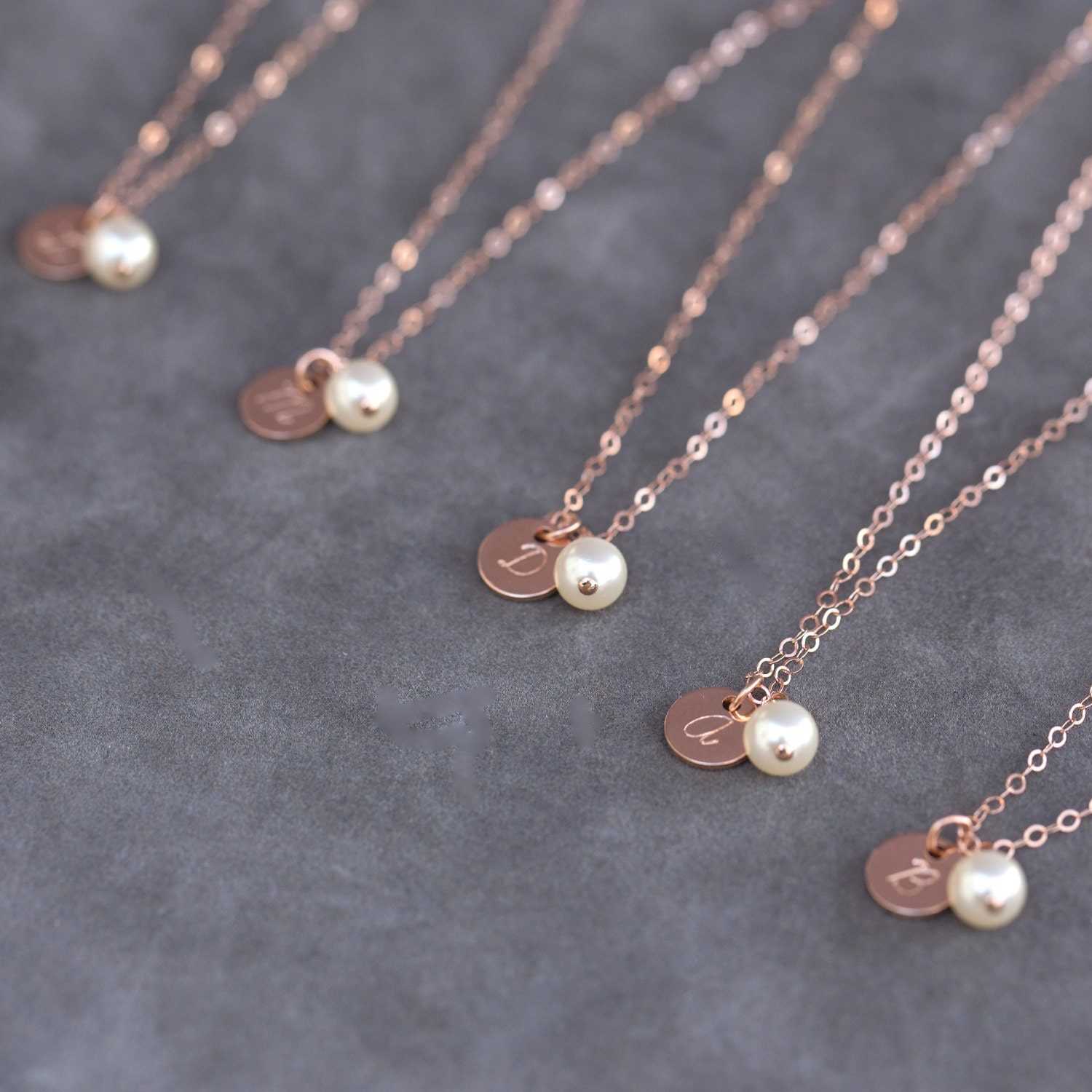 Personalized rose gold necklace pearl and rose gold for Rose gold personalized jewelry