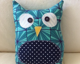 Ollie the Owlet - teal with navy polka dot belly