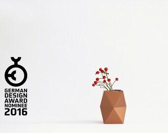 Geometrical Cardboard Vase SNUG.VASE low/ copper