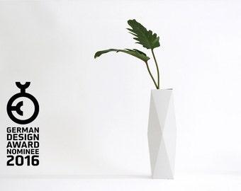 Geometrical Cardboard Vase SNUG.VASE high / white