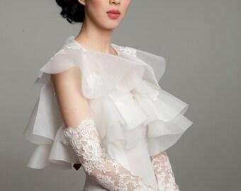 Gilded Alencon Lace Opera Glove Mitt