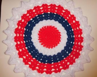 crochet doily, patriotic doily, patriotic decor, home decor, red white and blue