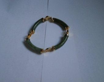 "Beautiful  VIntage   Bracelet,  Genuine Jade,  size 6 1/2"", circa 1980's"