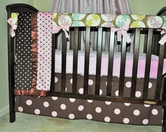 bumperless crib bedding set of 4 pc ready to ship.  SALE