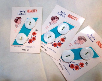 Retro Original Natural Quality Mother of Pearl Vintage BUTTON CARDS - New Old Stock - Terrific