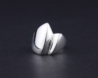Wave Sails Ring: Sterling Silver