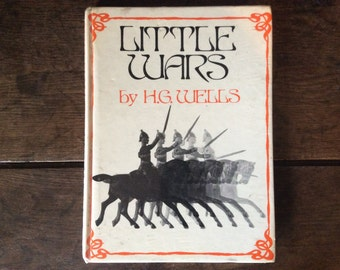 Vintage English book Little Wars book by H.G. Wells 1970 / English Shop