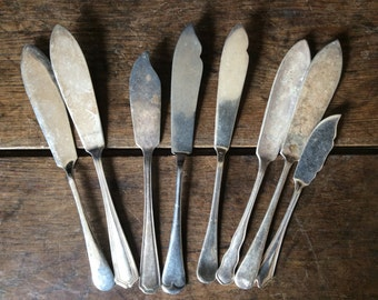 Vintage English silver plate mixed collection fish spreading eating knifes cutlery silverware flatware circa 1910-1940's / English Shop