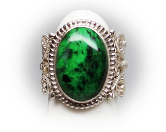 Ladies Sterling Silver Ring with Malachite Center Stone