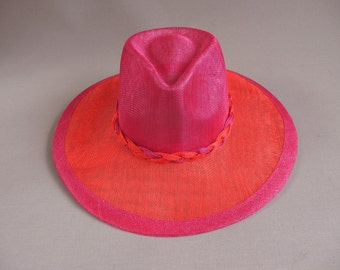 Handmade vibrand fedora red and fuchsia sinamay hat size 58,5 or 23 inch