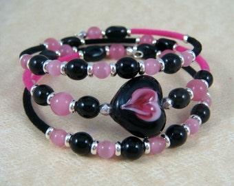 Pink and Black Bangle Wrap Bracelet - Heart Bangle Bracelet - Hot Pink and Black Bracelet - Teen Bracelet - Memory Wire Bracelet