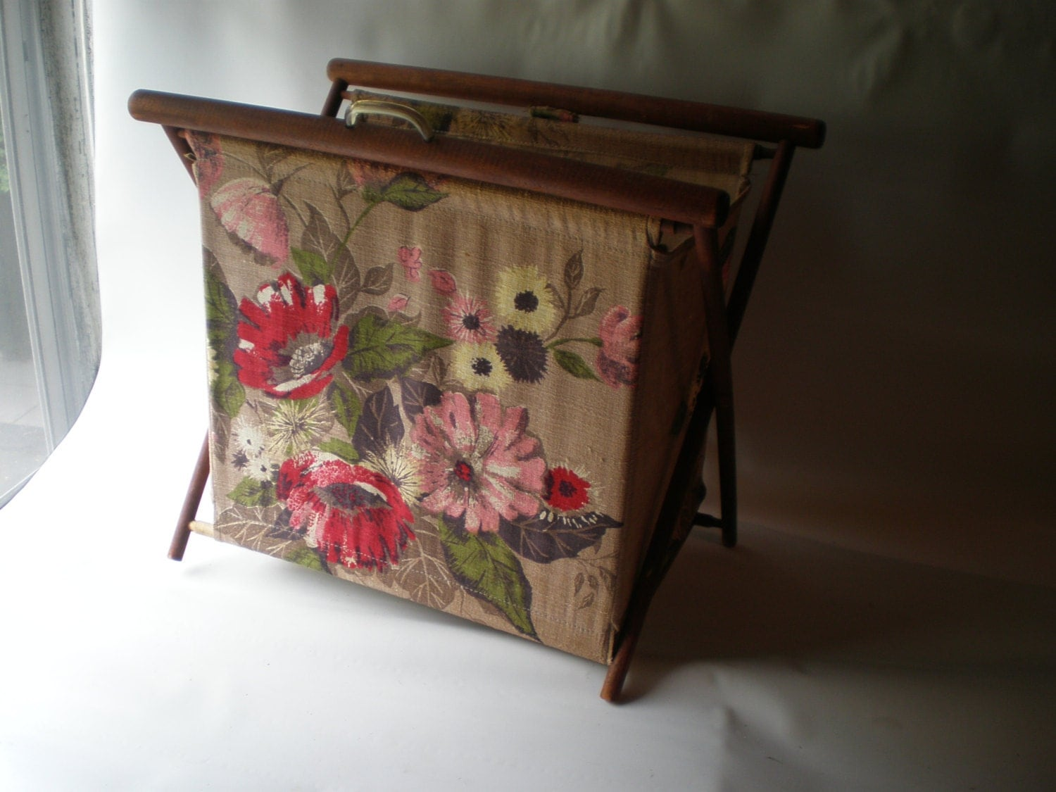 Knitting Yarn Holder : Vintage barkcloth knitting yarn holder