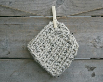 Baby Chunky Hat with Ribbed Texture in Oatmeal