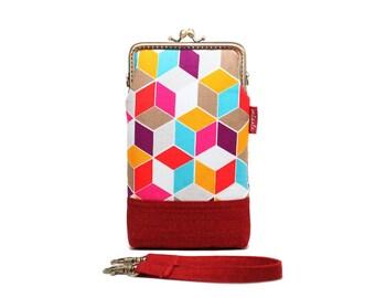 Red cubic geometry smartphone kisslock sleeve