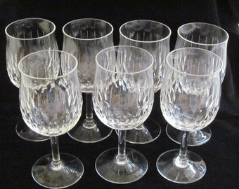 Clear Glass with Pattern Wine Glasses, Wine Glass, Set of 7, 4 Ounces