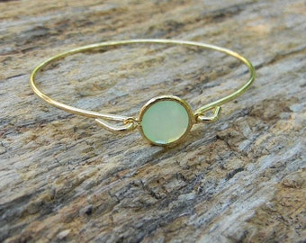 Gold Bangle Bracelet / Mint Green Bracelet / Bridesmaid Gift / Bridesmaid Jewelry / Bridesmaid Bracelet /Gemstone Bangle / Mint Bangle /Gift