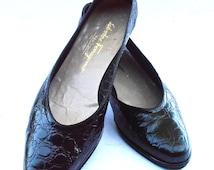 Vintage Black Patent Leather Ferragamo Flat Shoes Mock Croc Rubber Sole Ladies Slip On Low Heels Size 9.5 B Italian Boutique Italy Womens