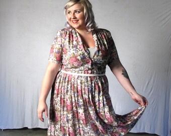 Pastel Rose Garden- Vintage Dress- plus size-XXL-Floral dress