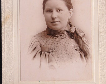 Antique Cabinet Card Photo of Young Girl Marked Arnold Oak Park