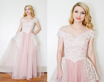 Vintage 1950s Dress - ALFRED ANGELO Pink Tulle Lace Full Skirt Party Wedding Gown - Small