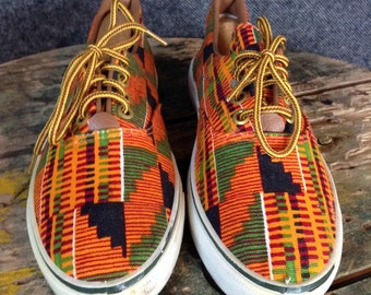 Vintage Kente low cut boat shoes Womens 7